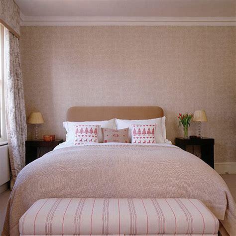 Neutral Bedroom  Bedroom Furniture  Decorating Ideas