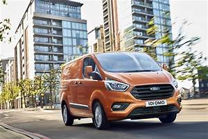Nouveau Ford Custom : new 2018 ford transit custom revealed with hybrid model on the way auto express ~ Medecine-chirurgie-esthetiques.com Avis de Voitures