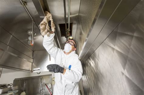 full service commercial kitchen hood exhaust cleaning