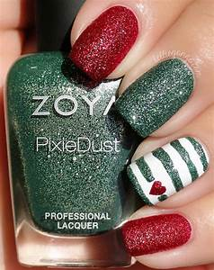 Nail art designs red and green paint design