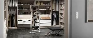 Begehbarer Kleiderschrank Klein : ankleidezimmer m bel viele ideen f r die praktische gestaltung ~ Eleganceandgraceweddings.com Haus und Dekorationen