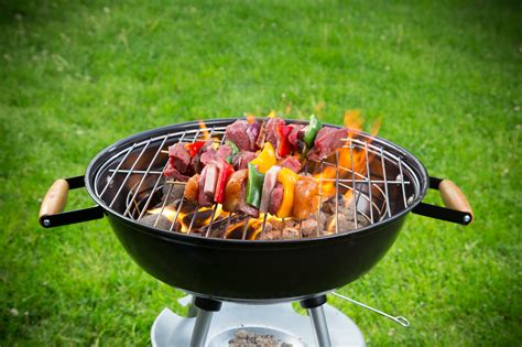 summer grill summer grilling safety tips