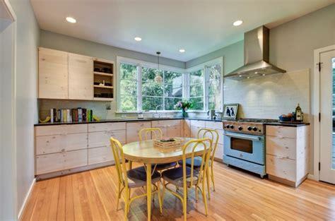 moderniser sa cuisine moderniser une cuisine en bois relooking cuisine pour