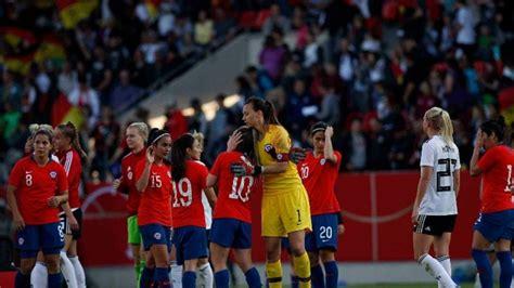 La marea roja and la roja. Cuándo y a qué hora juega La Roja femenina en el Mundial ...