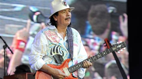 How Tall Is Carlos Santana Height, Weight, Age And Body