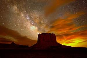 Breathtaking Astrophoto: Milky Way Over Monument Valley
