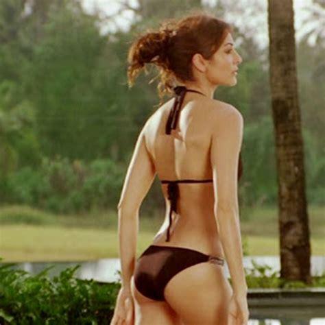 Anushka Sharma Swimwear & Bikini Photos | Swimwear ...