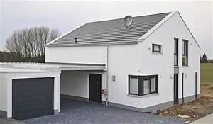 Einfamilienhaus Mit Garage : das letzte einfamilienhaus in burscheid dierath wurde ~ Lizthompson.info Haus und Dekorationen