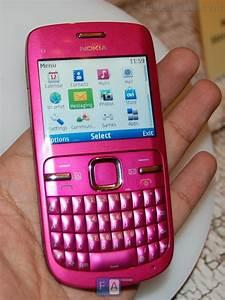 Nokia C3 Preview  U2013 Pics   Video And E72 Comparison