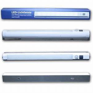 Led Lichtleiste Kabellos : led unterbauleuchte bewegungsmelder kabellos warmwei batteriebetrieb leiste ebay ~ Orissabook.com Haus und Dekorationen