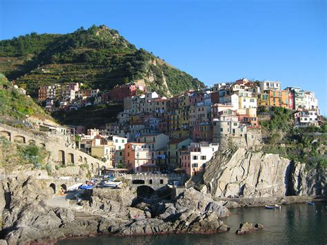 cinque terre italy hotels images