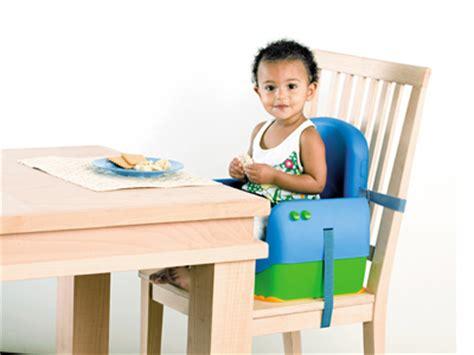 chaise haute qui s accroche à la table c 39 est le bon moment pour choisir une chaise haute ou un