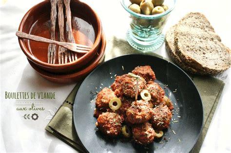 cuisiner des boulettes de viande boulettes de viande aux olives albondigas miam chouchie