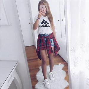 33 Awesomely Cute Back to School Outfits for High School | School outfits High school and School