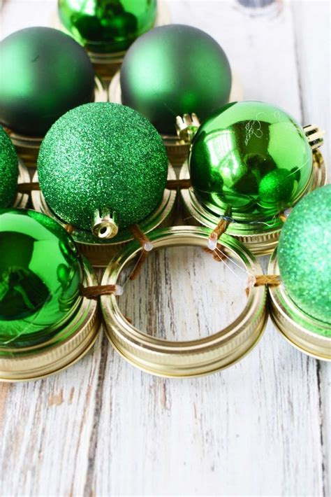 mason jar lid wreath tutorial merry christmas
