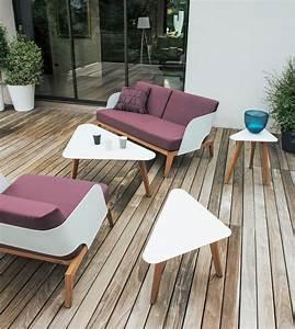 Mobilier De Terrasse : fauteuil kaat violet mobilier de jardin violine et la terrasse ~ Teatrodelosmanantiales.com Idées de Décoration