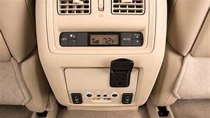 2016 Nissan Pathfinder - Power Outlets