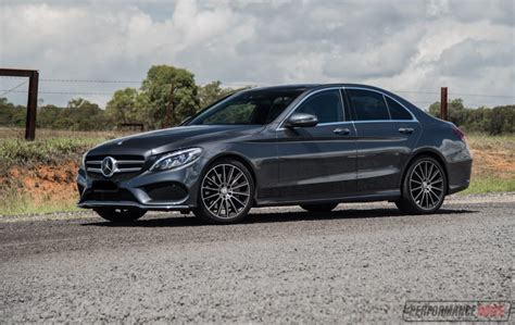 Mercedes-benz C 250 Amg Line Review (video)