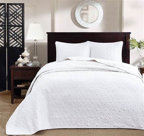 Cotton Coverlets by White Matelasse 3pc King Bedspread Set Cotton Fill Quilt