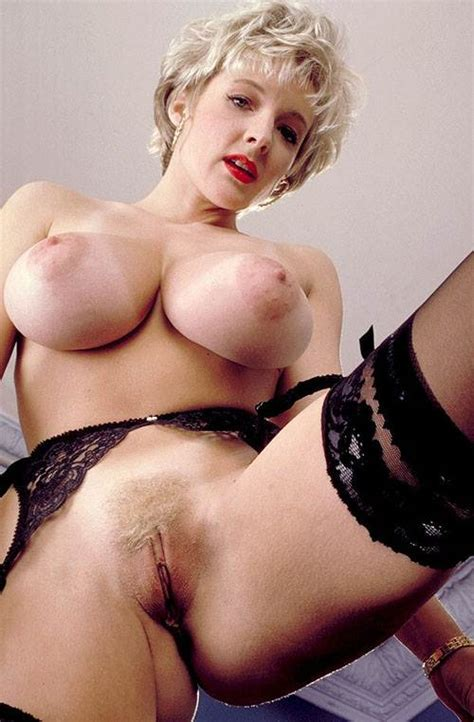 Experienced Beautiful Nude Blonde Loves Kinky Stuff Naked Galleries Place With Sexy Nude And