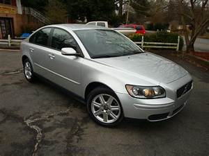2006 Volvo S40 - Overview