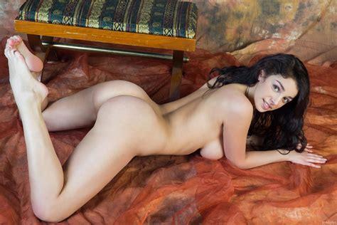 Evita Lima Foliar Rylsky Art