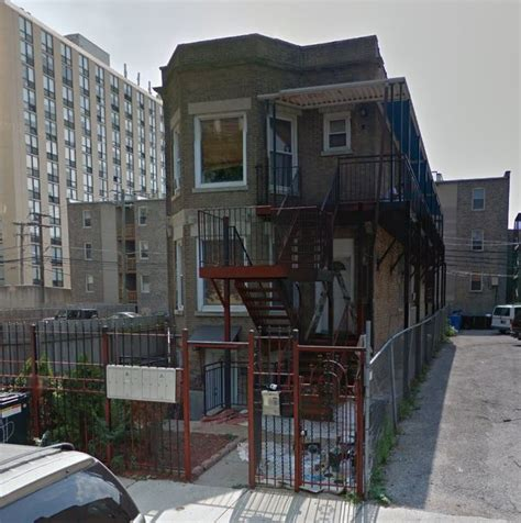 Apartment Buildings For Sale In Chicago by 8 Unit Apartment Building In Uptown Chicago Goldbay