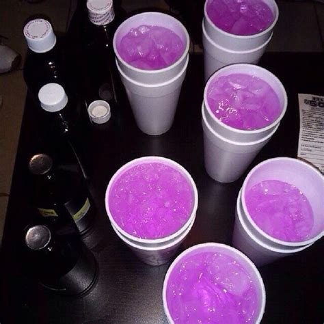 foto de How Cough Medication use for making Purple Drank Sizzurp