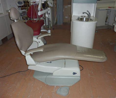 pelton crane series 1500 dental chair pre owned dental