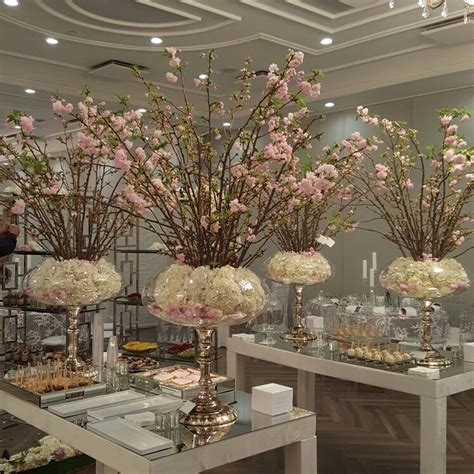 Beautiful Cherry Blossom Wedding Themed Decoration Ideas