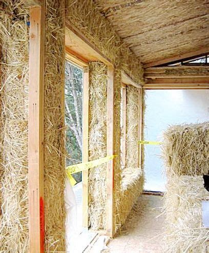 Maison à énergie Positive 364 by Could Play With Straw Bales In The Back Patio Eco