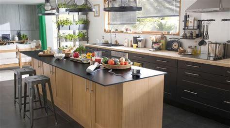 cuisine ouverte ilot central meuble centrale de cuisine cuisine en image