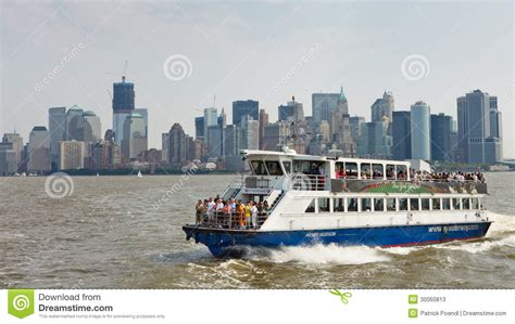 Ferry Boat Nj To Nyc by Ferry Ride From New York To New Jersey Editorial Stock