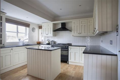 ways  save  kitchen remodeling costs