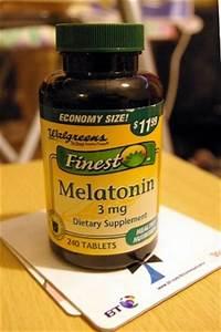 Melatonin Supplements  Definition  Uses  U0026 Side Effects