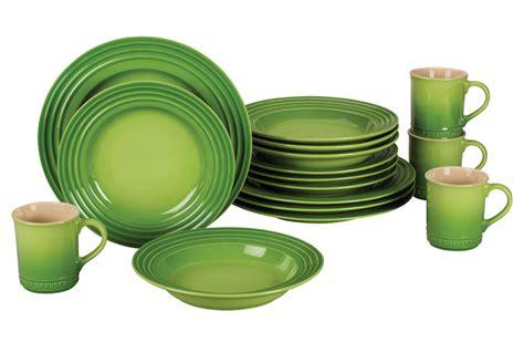 le creuset stoneware dinnerware set  piece palm cutlery