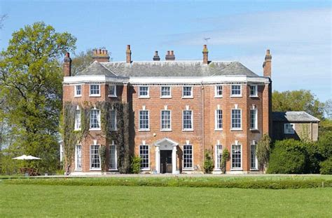 country estates 163 12m country estate goes on the market for first time in 1 000 years daily mail online