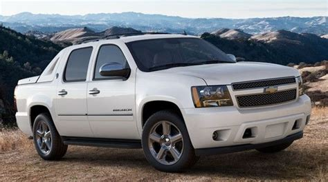 car service manuals pdf 2003 chevrolet avalanche 2500 on board diagnostic system best 25 chevy avalanche ideas on avalanche truck lifted avalanche and chevy
