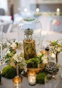 Holztisch Mit Glas : tischdeko mit holz kreative ideen f r rustikalen und nat rlichen look ~ Frokenaadalensverden.com Haus und Dekorationen