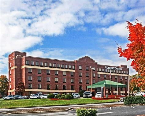 comfort inn asheville comfort suites outlet center in asheville comfort suites