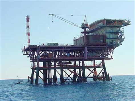 porto sant elpidio cing piattaforme in adriatico esposto in procura m5s