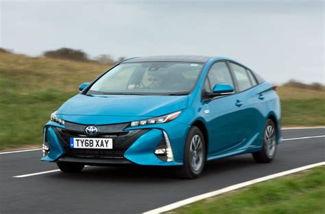 Best In Hybrid by Top 10 Best Hybrid Cars 2019 Autocar