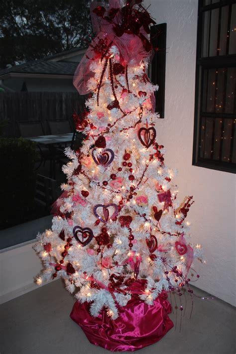 year  holiday tree images  pinterest xmas