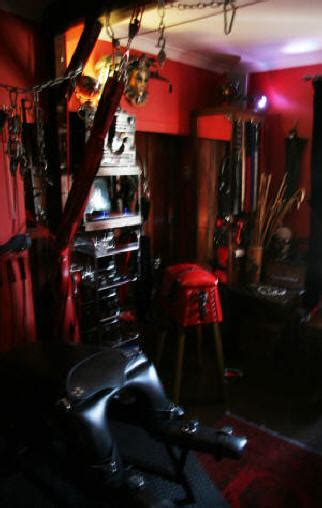 london dungeon hire all domination equipment and facilities included in hire