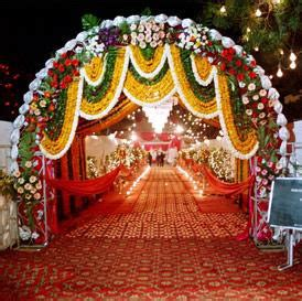 Simple Mehndi Stage Decoration by Entry Gate Decoration Shadi Arrangements
