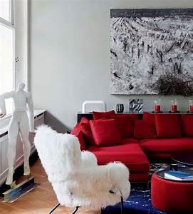 les 25 meilleures idees de la categorie canape rouge sur With marvelous idee de decoration de jardin 7 decoration salon jaune moutarde