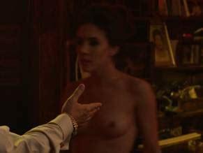 Marie Gaydu  nackt