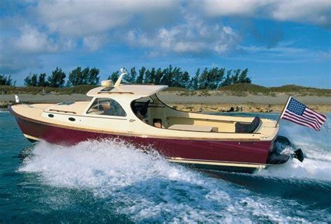 Hinckley Boats History by The History Of Hinckley Yachts Chronicled In A Lush New