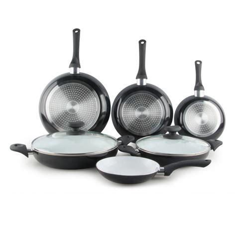 batterie cuisine ceramique batterie de cuisine céramique 8 pieces cenocco cc 9003 c
