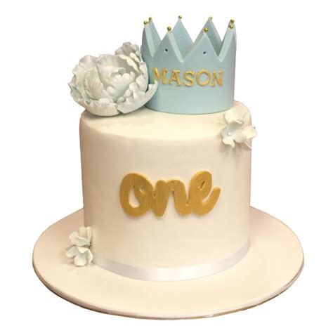 kids crown birthday cake